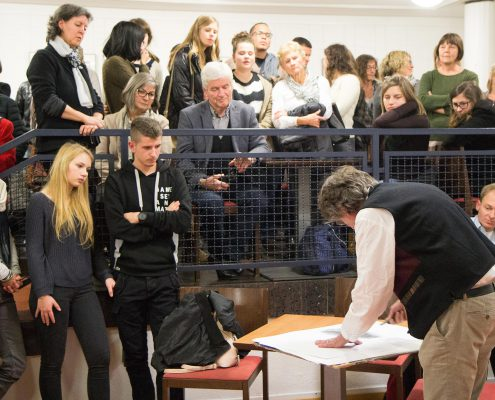 Einführung der Ausstellung durch Frido Hohberger