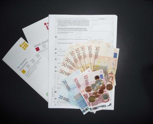 BAföG-Geld