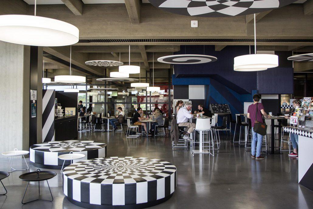neue cafeterien in t bingen eingeweiht studierendenwerk t bingen hohenheim. Black Bedroom Furniture Sets. Home Design Ideas