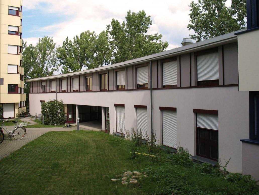 Wohnheim Hohenheim - Schwerzstraße 1A